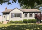 Foreclosed Home in Garden City 48135 GARDEN ST - Property ID: 4154760325