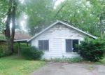 Foreclosed Home in White Lake 48383 HILLWOOD - Property ID: 4154763394