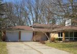 Foreclosed Home in Bowling Green 43402 KNOLLWOOD DR - Property ID: 4155654675