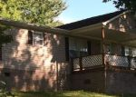 Foreclosed Home in Elizabethton 37643 OLLIE COLLINS RD - Property ID: 4156602899