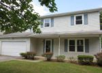 Foreclosed Home in Toledo 43613 SADDLEWOOD DR - Property ID: 4157058374