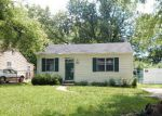 Foreclosed Home in Saint Louis 63135 REASOR DR - Property ID: 4157476197