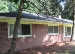 Foreclosed Home in Southfield 48076 LONGCREST ST - Property ID: 4157649196