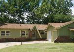 Foreclosed Home in Wichita 67212 N MURRAY ST - Property ID: 4157688630