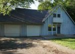 Foreclosed Home in Topeka 66605 SE ALEXANDER DR - Property ID: 4157691695