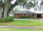 Foreclosed Home in Harvey 70058 OLIVE AVE - Property ID: 4157747306