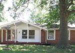 Foreclosed Home in Florissant 63033 CHESHIRE DR - Property ID: 4159387522
