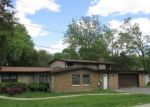 Foreclosed Home in Crystal Lake 60014 LOUISE ST - Property ID: 4159530296