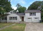 Foreclosed Home in Madill 73446 W BURNEY ST - Property ID: 4159724772