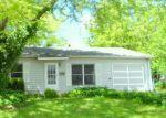 Foreclosed Home in Streamwood 60107 RIDGE CIR - Property ID: 4161128470