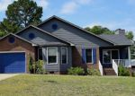 Foreclosed Home in Hope Mills 28348 EDGEGROVE CIR - Property ID: 4161328178