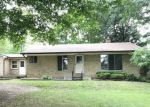 Foreclosed Home in Milford 48381 MARLENE - Property ID: 4161422350