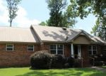 Foreclosed Home in Bessemer 35023 FAIRLAWN CIR - Property ID: 4161671114