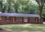 Foreclosed Home in Jasper 35504 BRIAR CLIFF RD - Property ID: 4161676823