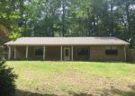 Foreclosed Home in Tupelo 38804 NICHOLS RD - Property ID: 4161901494