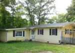 Foreclosed Home in Winston Salem 27105 MERRY DALE DR - Property ID: 4162250113