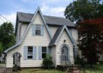 Foreclosed Home in Youngstown 44512 CLIFTON DR - Property ID: 4163319207