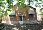 Foreclosed Home in Saint Louis 63125 KINGSTON DR - Property ID: 4163918811
