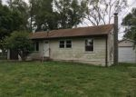 Foreclosed Home in Saint Charles 63301 SUSAN AVE - Property ID: 4163919234