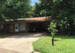 Foreclosed Home in Vicksburg 39180 ALFA DR - Property ID: 4189110184