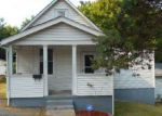 Foreclosed Home in Saint Louis 63137 CHAMBERS RD - Property ID: 4189128589