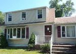 Foreclosed Home in Orange 06477 RACEBROOK RD - Property ID: 4189734299