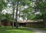 Foreclosed Home in Oneida 37841 COOPER LAKE RD - Property ID: 4189813574
