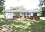Foreclosed Home in Clarksville 37042 S LIBERTY CHURCH RD - Property ID: 4190404399