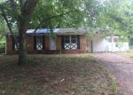 Foreclosed Home in Chattanooga 37416 WACONDA SHORE DR - Property ID: 4190424553