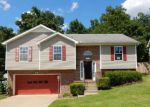 Foreclosed Home in Clarksville 37042 ROEDEER DR - Property ID: 4190428941