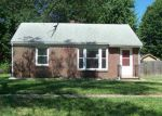 Foreclosed Home in Wichita 67218 S PARKWOOD LN - Property ID: 4190853317
