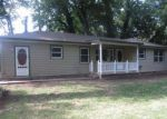 Foreclosed Home in Wichita 67216 S CHEYENNE BLVD - Property ID: 4190858585