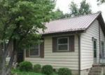 Foreclosed Home in Winchester 37398 7TH AVE SW - Property ID: 4192074849