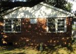 Foreclosed Home in Metairie 70001 WALTHAM ST - Property ID: 4193577981