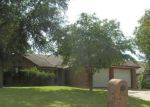 Foreclosed Home in Arlington 76001 DARCY LN - Property ID: 4194492902