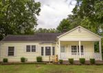 Foreclosed Home in Chattanooga 37411 HUNT AVE - Property ID: 4194517868