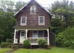 Foreclosed Home in Beacon Falls 06403 BURTON RD - Property ID: 4194907208