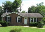 Foreclosed Home in Clarksville 37043 MARK AVE - Property ID: 4195270289