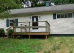 Foreclosed Home in Huntington 25705 SALTWELL RD - Property ID: 4195361842