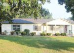 Foreclosed Home in Hartselle 35640 NORRIS MILL RD - Property ID: 4195780531