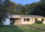 Foreclosed Home in Topeka 66607 SE CHANDLER ST - Property ID: 4195808116