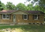 Foreclosed Home in Clarksville 37040 GOLDEN DR - Property ID: 4195860245