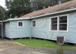 Foreclosed Home in Groves 77619 MAIN AVE - Property ID: 4195862438