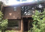 Foreclosed Home in New Orleans 70114 CARRIAGE LN - Property ID: 4195896606