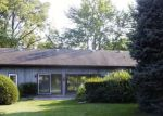 Foreclosed Home in Clinton 52732 21ST PL - Property ID: 4196067857