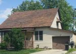 Foreclosed Home in Effingham 62401 W LAWRENCE AVE - Property ID: 4196284197