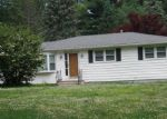 Foreclosed Home in Wolcott 06716 KLAN DR - Property ID: 4196900431