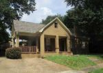 Foreclosed Home in Tyler 75701 S BOIS D ARC AVE - Property ID: 4197307310