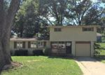 Foreclosed Home in Kansas City 64119 N BALES TER - Property ID: 4197671712