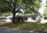 Foreclosed Home in Newton 50208 E 19TH ST N - Property ID: 4198443861